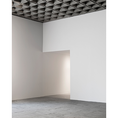https://pazdabutler.com/upload/exhibitions/_-title/945_Madison_Ave-73.jpg