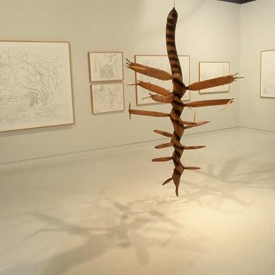 https://hirambutler.com/upload/exhibitions/_-title/1986_Surls_4s.jpg