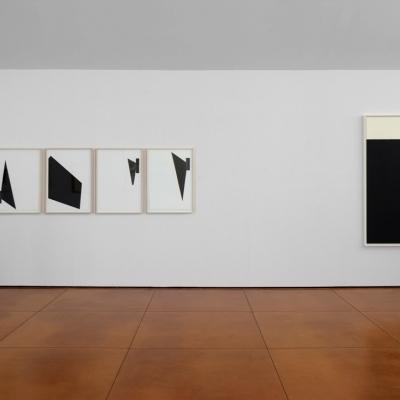 https://hirambutler.com/upload/exhibitions/_-title/Black_and_White_7.jpeg
