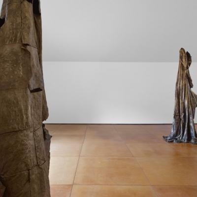 https://pazdabutler.com/upload/exhibitions/_-title/Havel_Hiram_Butler_Wrapped_in_Stars_3.jpeg