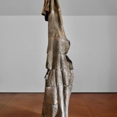 https://pazdabutler.com/upload/exhibitions/_-title/Havel_Hiram_Butler_Wrapped_in_Stars_8.jpeg