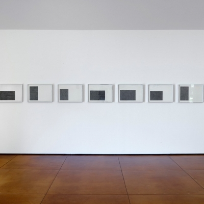 https://pazdabutler.com/upload/exhibitions/_-title/Hiram_Butler_Frank_Stella_3.jpeg