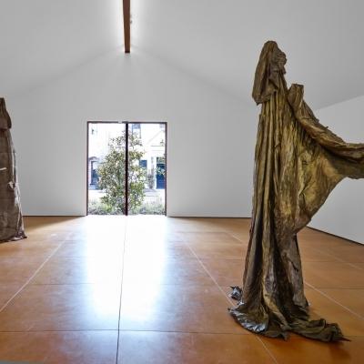 https://hirambutler.com/upload/exhibitions/_-title/Joseph_Havel_Hiram_Butler_Wrapped_in_Stars_1.jpeg