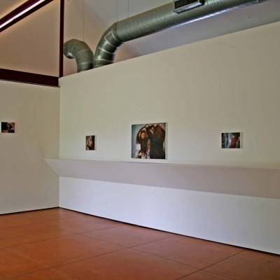https://pazdabutler.com/upload/exhibitions/_-title/Laura_Lark_02.jpg