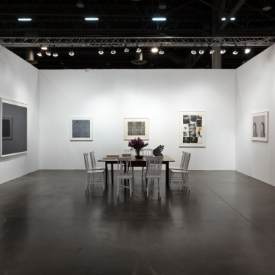https://hirambutler.com/upload/exhibitions/_-title/fineartfair_2.jpg
