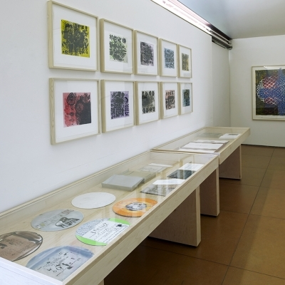 https://hirambutler.com/upload/exhibitions/_-title/ulae2_7.jpg